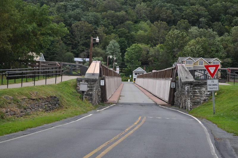 Bridge in Pennsylvania Driving Pennsylvania Architecture Bridge Built Structure Mountain Nature No People Outdoors Road Roadway Scenics The Way Forward Transportation