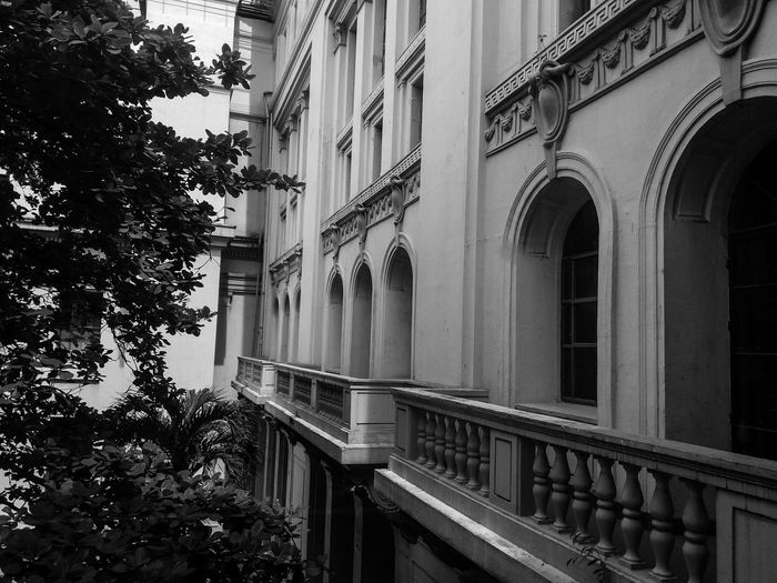 Empty Series Travel Destinations Nationalmuseum Eyeem Philippines Museum Of Natural History History Place Eye4photography  First Eyeem Photo Light And Shadow Blackandwhite Built Structure
