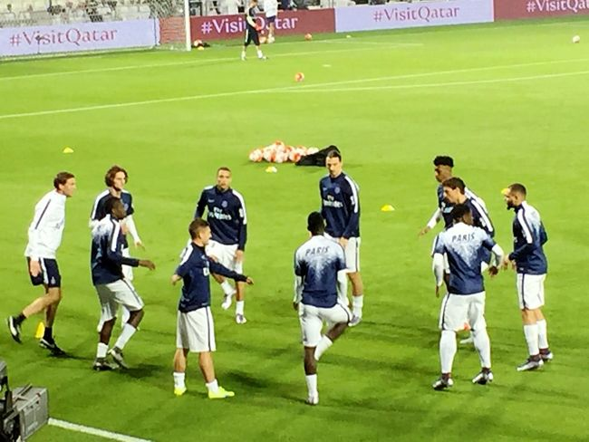 Paris Saint Germain Zlatan Ibrahimovic Marco Verratti warm up before match. Never felt it's a friendly match. Keep going PSG!!!!