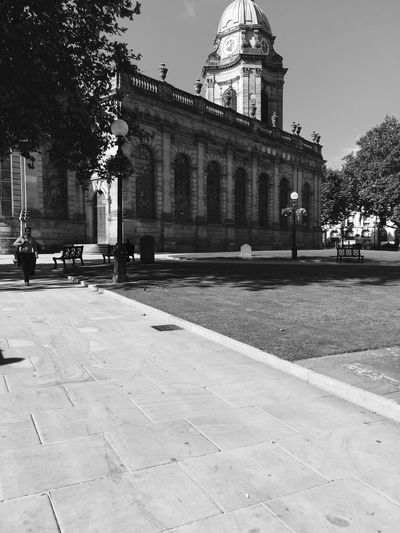 EyeEm Best Shots Streetphotography Urban Lifestyle The Cathedral Church Of Saint Philip Urban Exploration Urban Street Photography Birmingham Black And White Collection  Blackandwhitephotography Black And White Photography Birmingham UK Architecture Blackandwhite Photography Eyeem Photography Black & White Blackandwhite Black And White Black&white