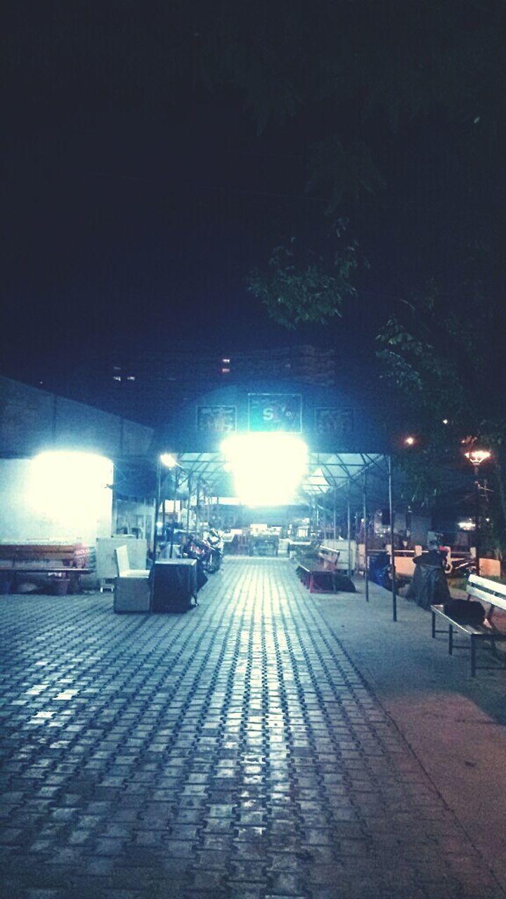 night, illuminated, outdoors, architecture, no people, city, sky