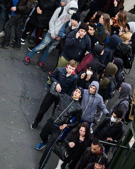 Juste des enfants... Kidsactingup Thuglife émeutes Riots Loidutravail Nantes Igersnantes Igersfrance Reportagespotlight Topnantesphoto Nantesmacity