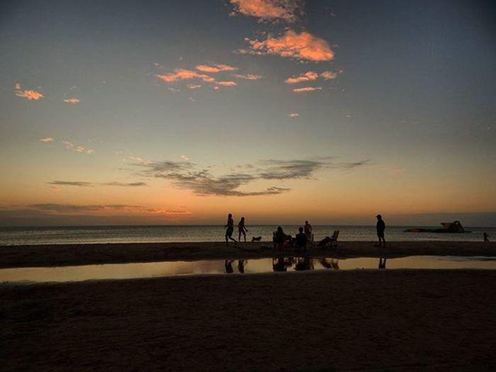 -Family reunion- Family Beach Sunset Sunset_brilliance Sunset_madness Sunset_vision Sunset_pics Sky Horizon Summertime Postalesdeverano Audiovisualuruguay Igersuruguay Igerspostales Uruguaynatural Uruguay_estrella Nikoncamera Nikonphotography Piriapolis Sultans_silhouettes