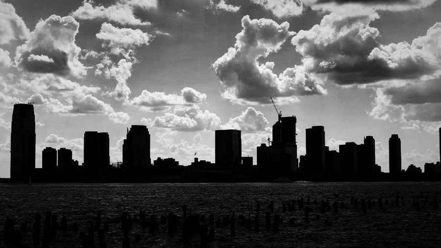 Showcase: November New York Sillouette Buildings Black And White Water