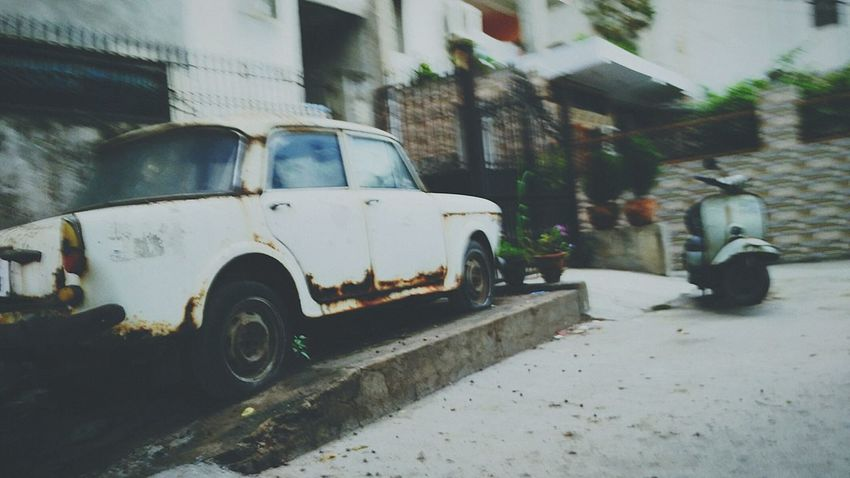 Hanging Out Taking Photos Check This Out That's Me Hello World Cheese! Relaxing Hi! Enjoying Life Streetphotography India New Delhi Street Photo Delhi Indian Savetheplanet Fresh On Eyeem  Delhi Streets Sunset #sun #clouds #skylovers #sky #nature #beautifulinnature #naturalbeauty #photography #landscape Savetrees🌲🌳 Savelife Vintage Cars Vintage Vintage Photo Vintage Fashion