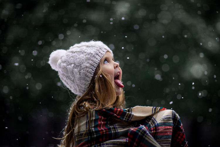 Catching snowflakes Child In Snow Illinois Outdoors Outside Tongue First Eyeem Photo EyeEmNewHere