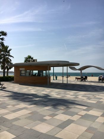 Sky Built Structure Sunlight Architecture No People Outdoors Day Tree Building Exterior Nature Dubai Beach Jumeirah Design