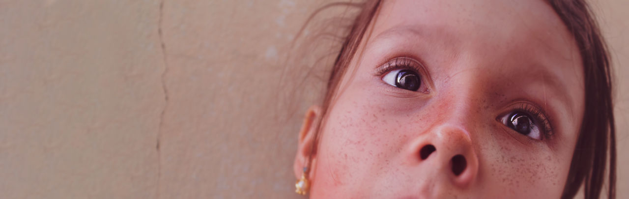 100D Beautiful Canon Canonphotography Closeup Eye Freckles Kidsphotography Long Hair Looking At Camera Portrait Portrait Photography Reflection Sl1