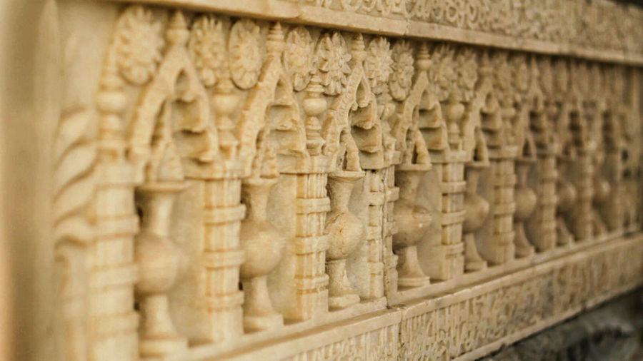 Architectural Column Art Budha Carving - Craft Product Close-up Column Day Focus On Foreground In A Row Islamic Islamic Architecture Makam No People Ornaments Ornate Repetition Selective Focus Side By Side Sultan