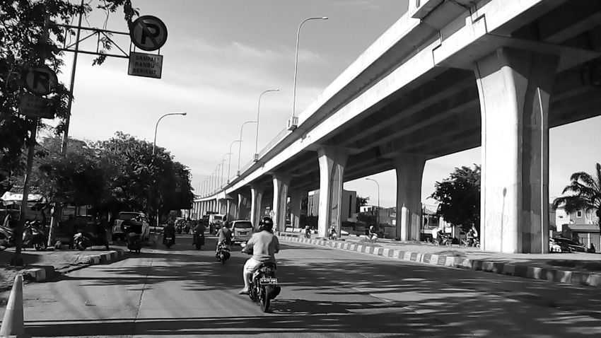 Road to Harbour | Monochrome Blackandwhite My City, My Life Here Belongs To Me The Purist (no Edit, No Filter) the Jakarta Indonesia Sunny Day☀