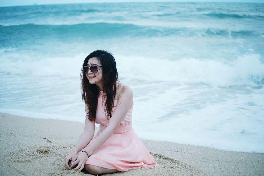 Beach Sea Sand Wave Surf Vacations Long Hair Beauty Relaxation Summer Enjoyment Smiling EyeEm Masterclass Streetphotography EyeEmNewHere EyeEm Best Shots EyeEm Gallery EyeEmBestPics EyeEm Indonesia Eyeem On Week Millennial Pink