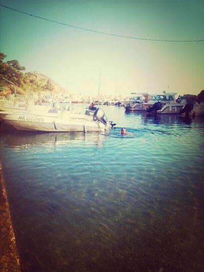 Enjoying The Sun Méditerranée
