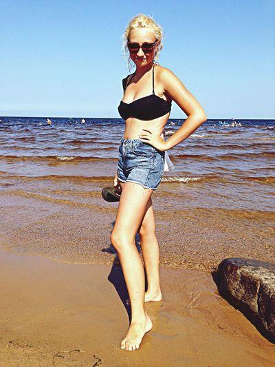Enjoying The Sun Getting A Tan Relaxing Swimming рай:)