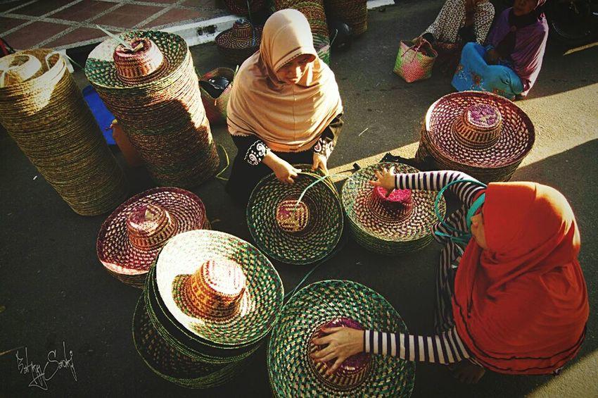 Humaninterest Traditional Market Banjarmasinbungas Kalimantanselatan Photogenic Places Eyem Gallery