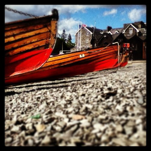 Day out in bowness , Boats Lakedistric Lake District England Early Bluesky RedPaint Gravel Nationalpark Bowness Cumbria Houses Clouds Chain