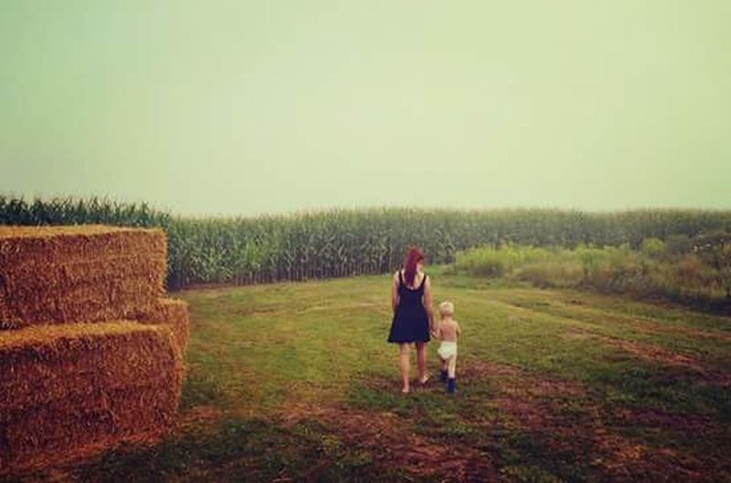 Family❤ Cornfield Walking Farm Life Siblings Sibling Love Awesome_shots Adventure Adventure Time Gloomy Day Foggy Day