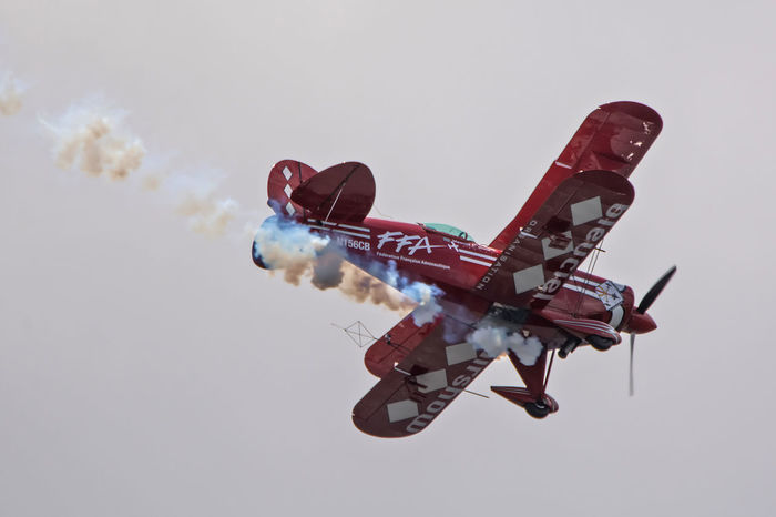 Aircraft Airplane Airshow Avion Biplane Biscarrosse Day Flying Spirit à Biscarrosse 2016 France France Photos Fun Lifestyles Low Angle View Meeting Outdoors Pitts S-2S Sky