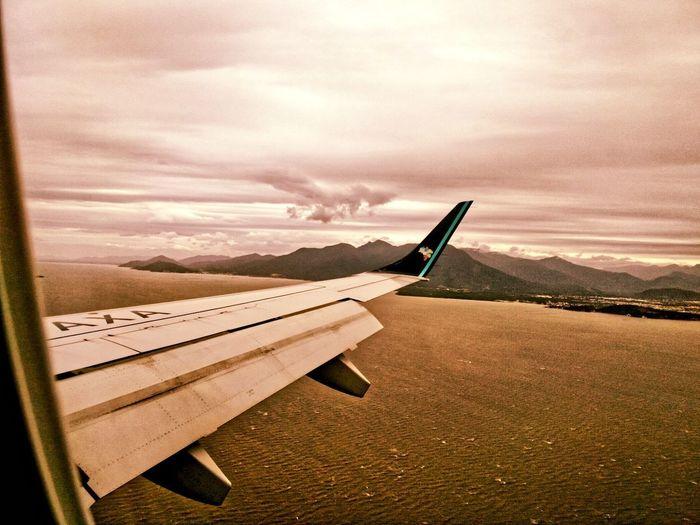 Airplane Cloud