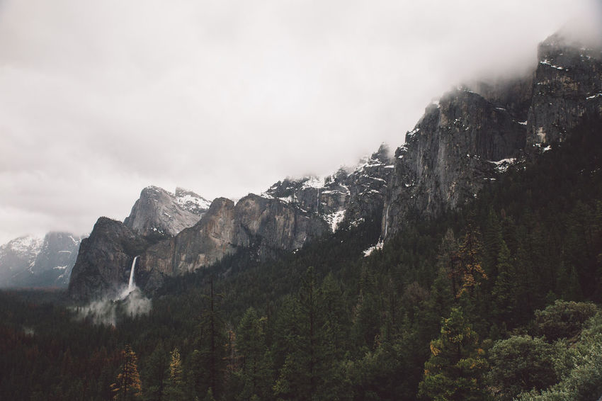 Adventure Beauty In Nature Cloudy Day El Capitan Forest Height High Landscape Mountain Mountains Nature Nature No People Peak Rainy Range Scenery Sky Snow Valley Waterfall Yosemite Yosemite National Park Yosemite Valley Shades Of Winter California Dreamin
