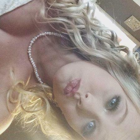 Makeup Selfie Feeling Pretty