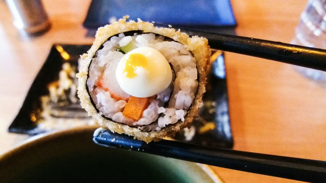 Sushi Foodlover Japanese Food Takeover Contrast TakeoverContrast Take Over Contrast TakeoverContrast Foodphotography Foodporn Food Porn Food Photography Photography Phograph Food Stories