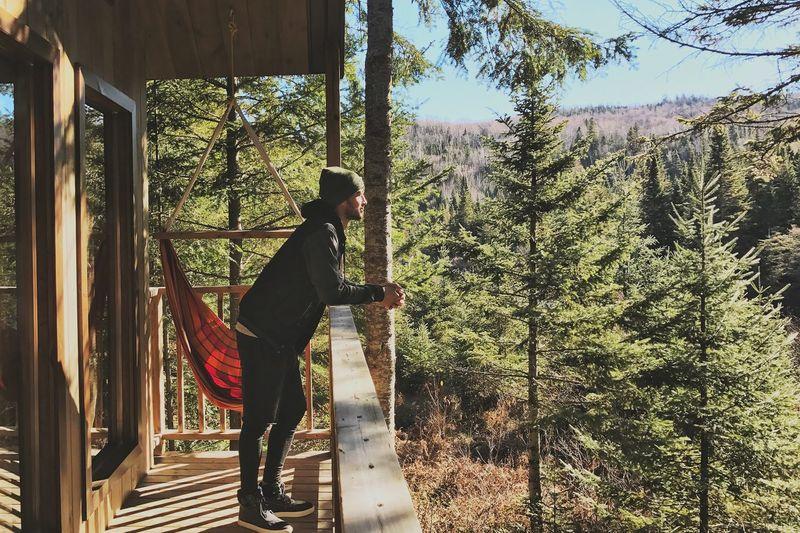 Peacefull moment. Quebec Kabania Nature Globetrotter Cabane Foret