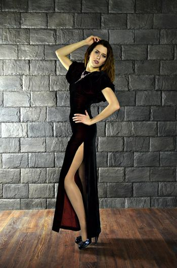 Hello World Beauty Only Women Person Women Butiful Model Photo Session Hi! Helo World сolor Portret Gerl Fashion Beautiful Woman Color Portrait