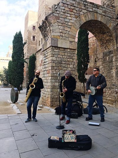 Mature Adult Full Length Adults Only Men Brick Wall Adult Only Men Mature Men Music Leisure Activity People Real People Musician Outdoors Musical Instrument Day Friendship Performance Saxophone Bcn Catalunya Barcelona, Spain Barcelona