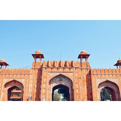 J A I P U R - The PINK CITY Location - Pink City Gates, Jaipur, Rajasthan, India Pinkcity Gates Jaipur Rajasthan IndiaJourney India Journey Explore Travel VSCO Vscocam Vscoindia Vscoexplore Vscotravel Vscojourney