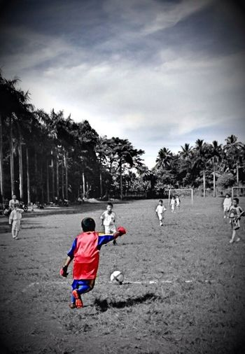 Streetphotography Kicks Of The Day Playing Soccer Indonesia_allshots