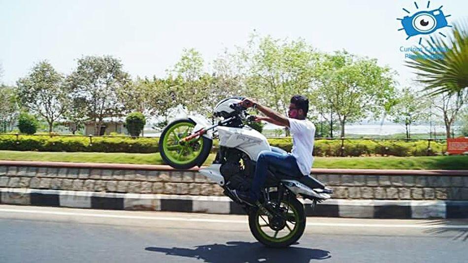Holi 2K16 ✌️ Stuntshow stuntsshoot tvsapache team stunts godz