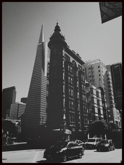 A day in San Francisco. Streets Of San Francisco Monochromatic Cityscapes Architecture