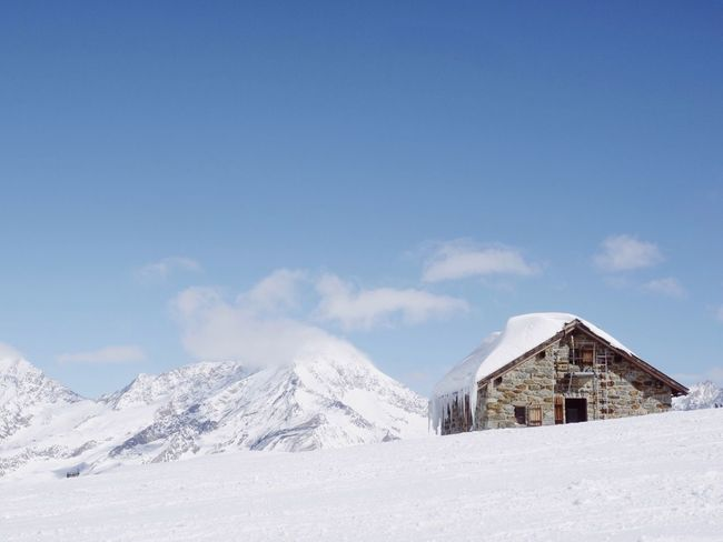 Alone Switzerland Snow Winter Cold Temperature Mountain Cloud - Sky Sky Outdoors No People Architecture Tranquility Building Exterior Built Structure Landscape Beauty In Nature Scenics Nature Day