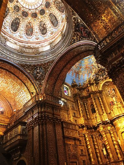Gold Church Rare Beautiful Architecture Old Ornate Travel Quito Equador South America EyeEmNewHere EyeEmNewHere Let's Go. Together.