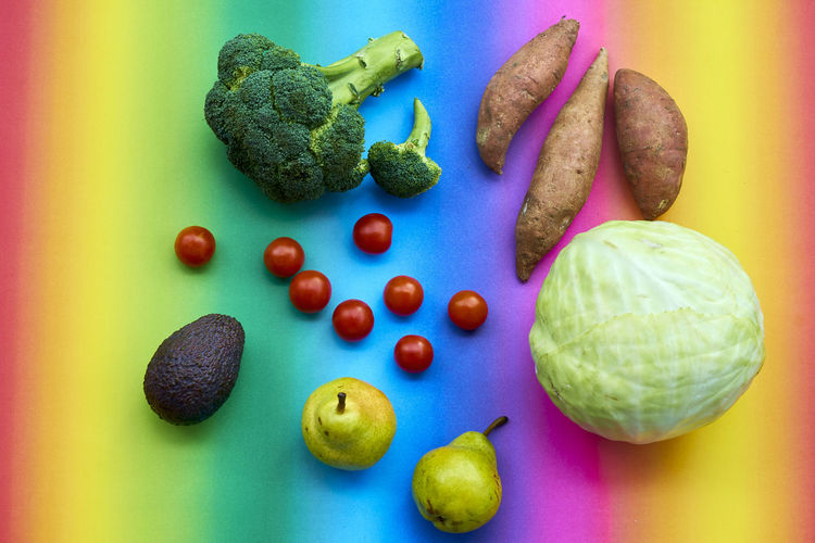 Broccoli Choice Close-up Food Food And Drink Freshness Fruit Green Color Healthy Eating High Angle View Indoors  No People Onion Pepper Still Life Table Tomato Variation Vegetable Wellbeing