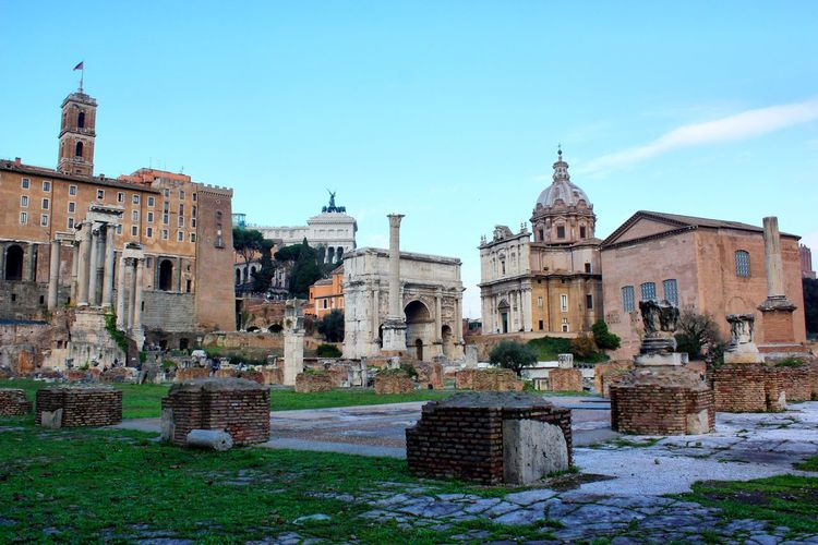 Foro Romano Italy Italia Roma Rome History Capital Cities  Foro Romano Roman Forum Roman Ruins Roman Architecture Roman Empire Italianlandscape Italian_city History Of Arts Historical Monuments Historical Place Historic Landscapes Historic City Historical Site Landscape_Collection Cityscapes City Landscape Capital Capital City Architecture Neighborhood Map Your Ticket To Europe The Traveler - 2018 EyeEm Awards