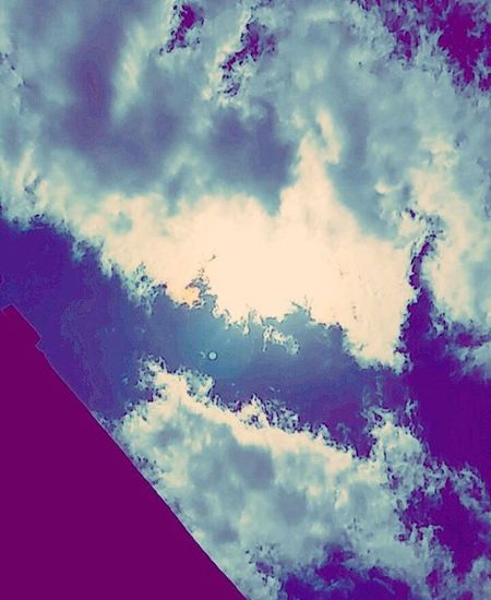 Sunday morning sky aesthetic (excuse my absence) Morningaesthetic Sky Art Teenagephotographer Xv XVI WeAreJuxt Solarflames