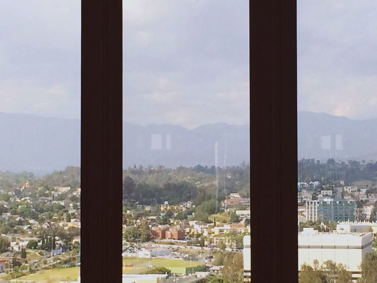 Triptych from the Bonaventure Hotel View of the Downtown Los Ángeles Cityscape Mountains Smog Check Places
