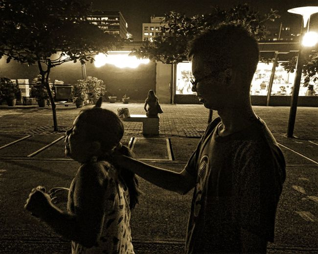 Childrensphoto Siblings Love Siblings❤️ Childhood Playground Child Children Only Silhouette Tree People