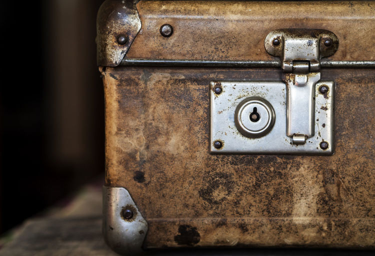 Close-up detail of vintage suitcase Close-up Detail Lock Vintage Suitcase Metal Old No People Rusty Indoors  Antique Retro Styled Focus On Foreground Damaged Backgrounds Single Object Decline
