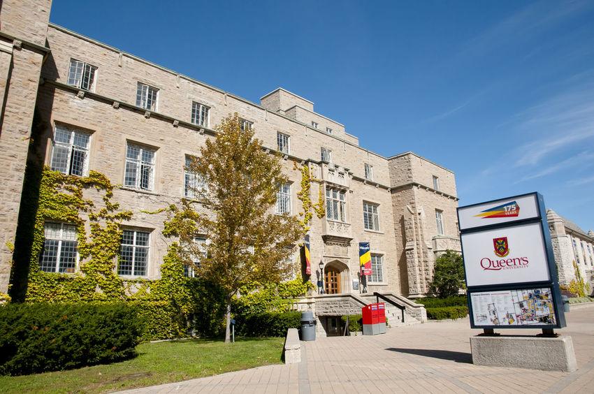Queen's University Buildings - Kingston - Canada Campus Kingston Queen's University Built Structure Canada
