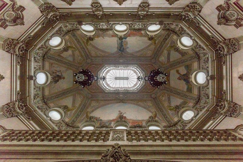 Fancy interior of Palácio da Bolsa(a.k.a. Associação Comercial do Porto). Learning Taking Photos Architecture Traveling Taking Photos Portugal Check This Out Popular Photos The Traveler - 2015 EyeEm Awards The Architect - 2016 EyeEm Awards