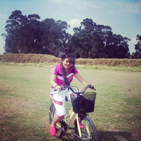 jajaja Pretty In PinkxD Bicicleteando Sport Woman Smile ✌