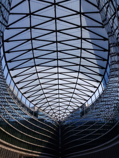 Architecture Milano Building Italy Beautiful Full Frame Pattern Ceiling Close-up Sky Architecture Built Structure Architectural Design Skylight Geometric Shape Building Atrium Architectural Feature Architecture And Art Architectural Detail Glass Textured  Triangle