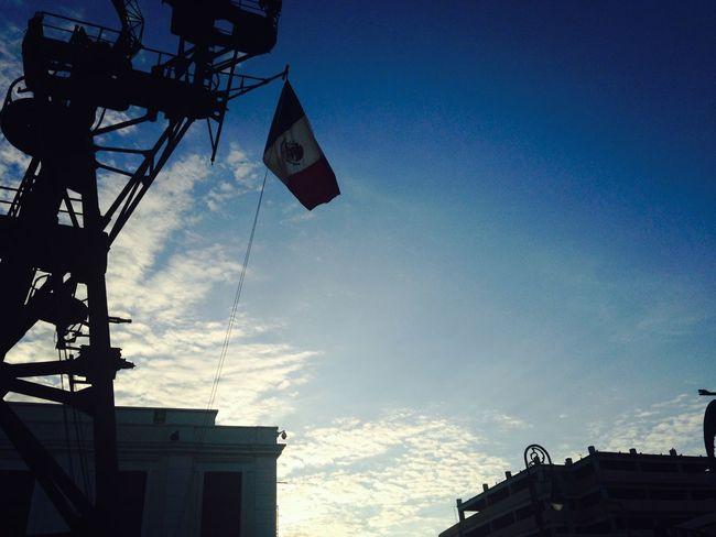 La tricolor en el amanecer Sunset Mexican Navy Museum Clouds And Sky Flag Veracruz