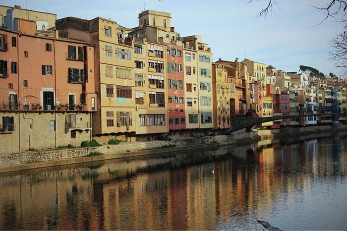 Girona Gironamenamora Reflections In The Water City Beautiful Amazing First Eyeem Photo