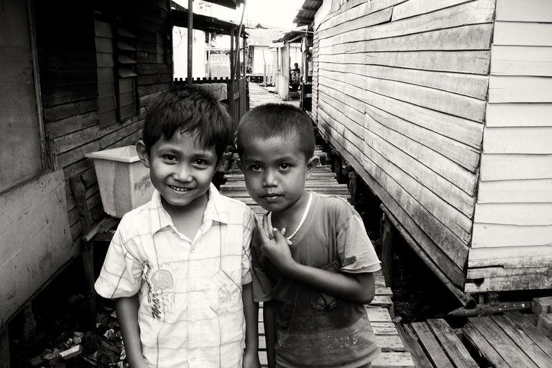 Childhood Blackandwhite Photography Streetphotography EyeEm Gallery Estindo Batam-Indonesia Friendship