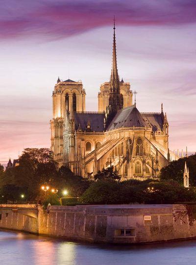 Tellement triste 😭 on pleure un joyau français 🇨🇵 Sadness Notre Dame De Paris