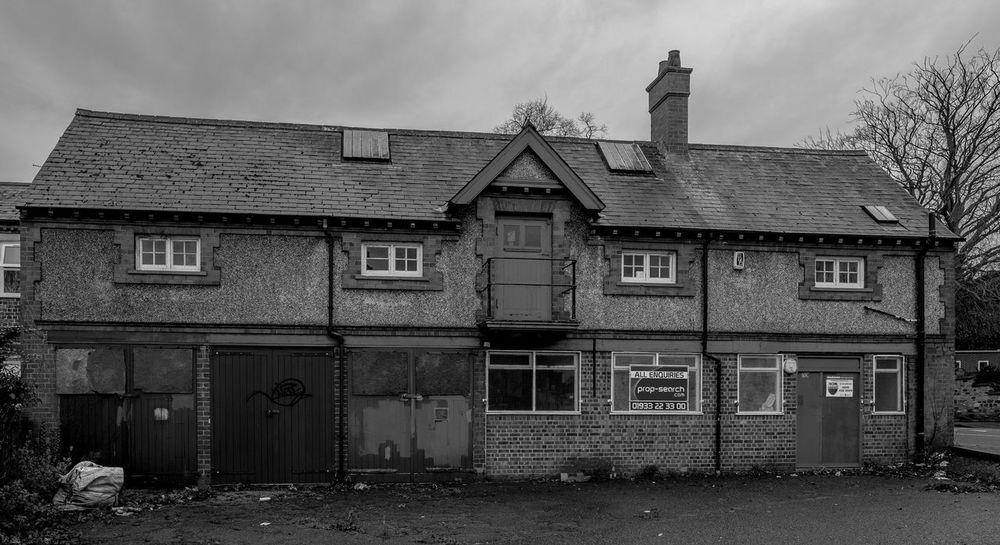 Kenroyal Garages, Wellingborough, Northamptonshire Architecture Street Wellingborough Black And White Urban FUJIFILM X-T2 Town Monochrome Northamptonshire Monochrome Photography Architecture