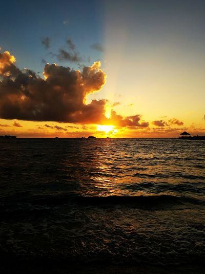 Nature Sky Scenics No People Outdoors Tourism Horizon Over Water Sea Sunset Beach Beauty In Nature Cloud - Sky Reflection Tranquility Vacations Travel Destinations Silhouette Tranquil Scene Landscape Water